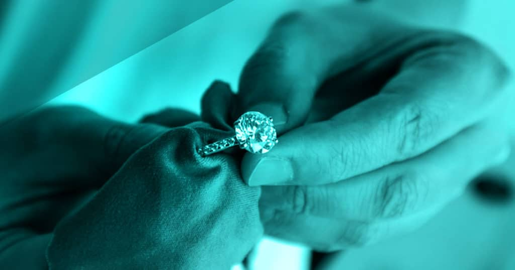 Cleaing a Diamond engagement ring